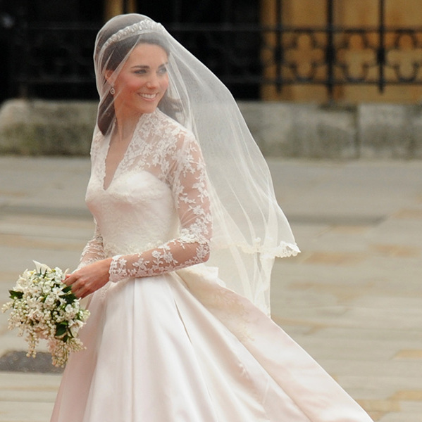 Kate Middleton Smiles As She Arrives At The West Door Of Westminster Abbey  In London For Her Wedding To Britainu0027s Prince William, On April 29, 2011.