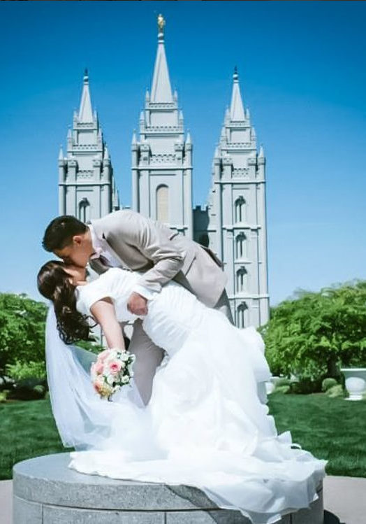 Lds wedding dresses mormon wedding gowns temple approved for Mormon temple wedding dresses